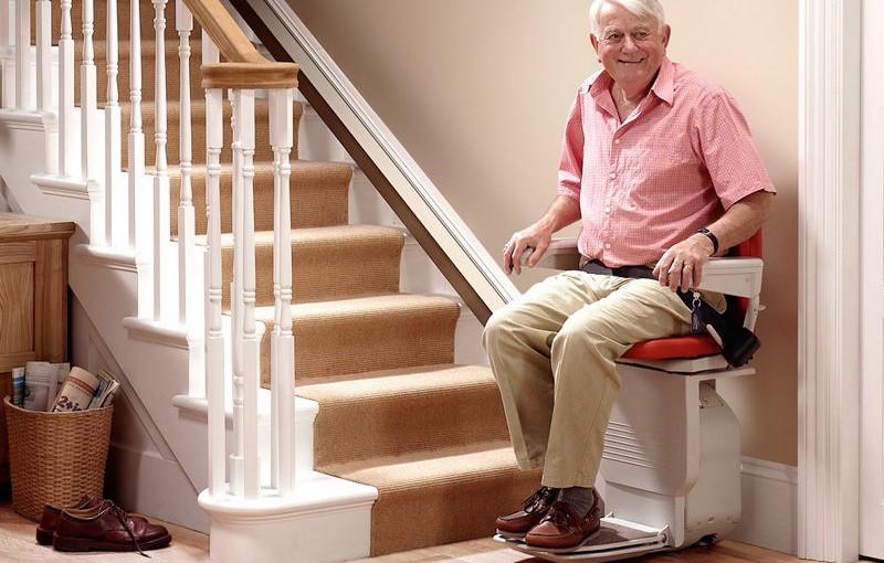 Interview avec Franck, installateur de fauteuils monte-escalier