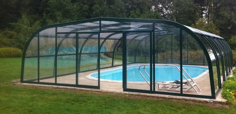 Comment se passe l'installation d'un abris piscine coulissant ?